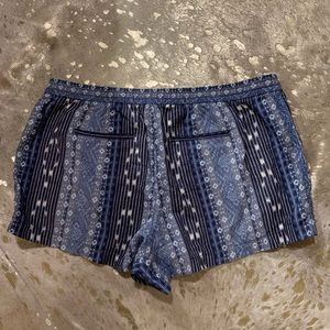 GAP Shorts - NWT • blue tribal linen shorts